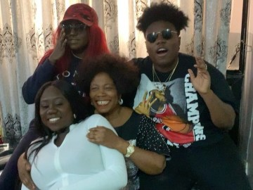 Teni And Her Two Sisters Forcing Their Mother To Dance Naira Marley's Tesumole Is So Cool – Video