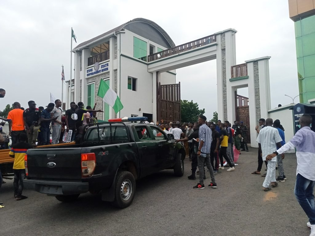 BREAKING: End SARS: Protesters blockaded Kogi govt house