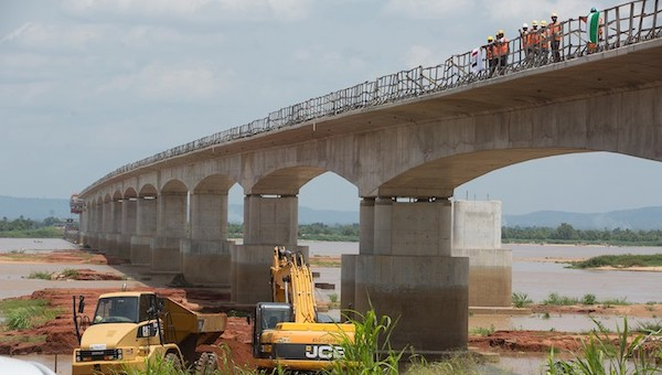 FG assures host communities of 2022 delivery date for Second Niger Bridge